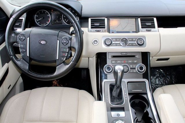 http://radicalauto.com/uimages/vehicle/2528238/large/2010-Land-Rover-Range-Rover-Sport-HSE-LUX-SALSK2D41AA217086-7755.jpeg