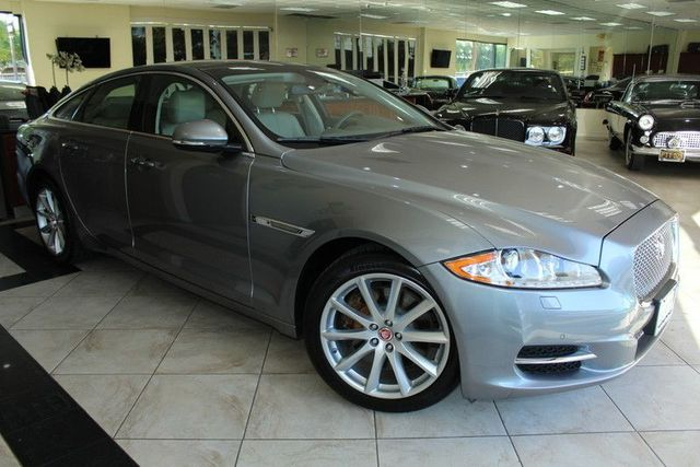 2011 Jaguar XJ 4DOOR